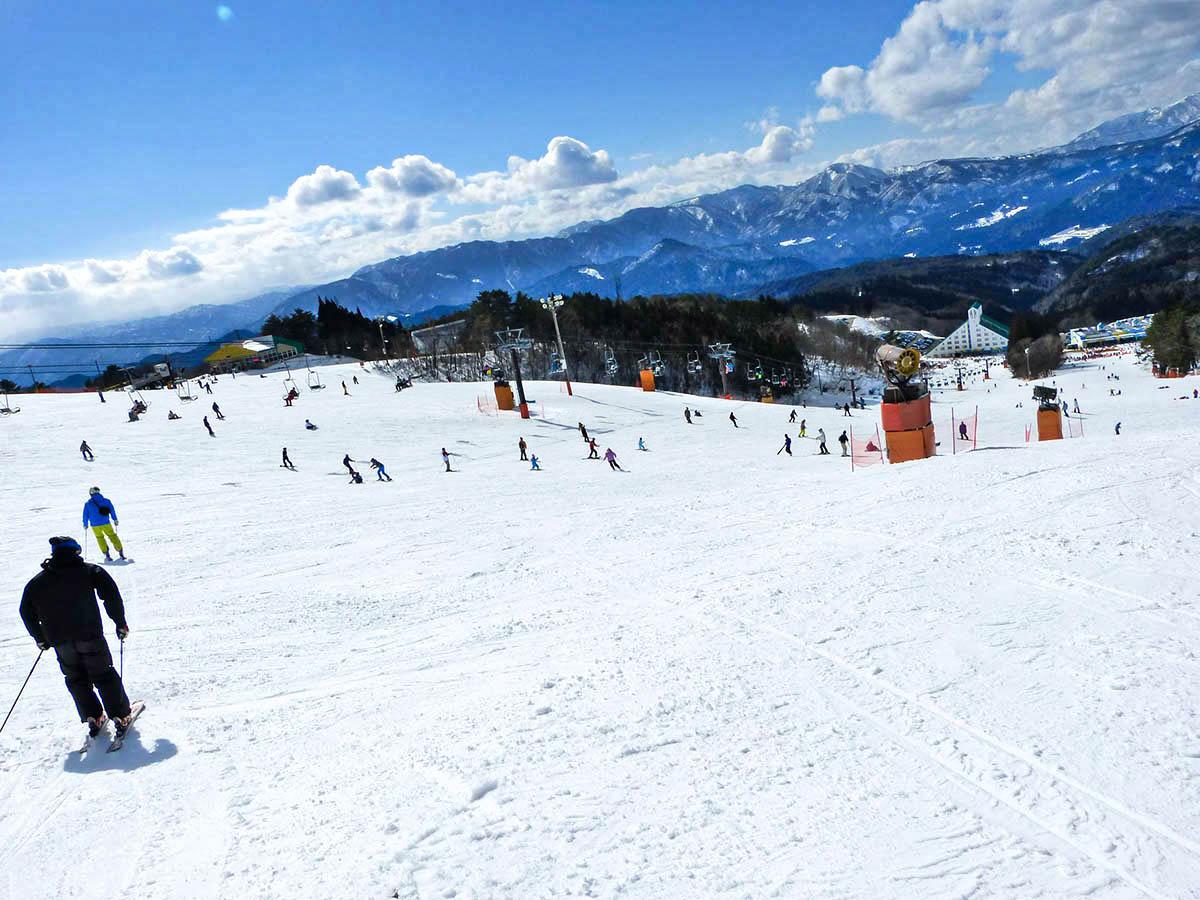 鷲ヶ岳スキー場のゲレンデ写真