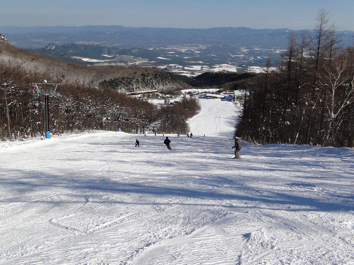 あだたら高原スキー場のゲレンデ写真