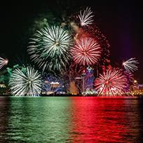 マカオの空を彩る花火
